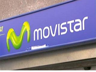 Ver vídeo  'Rechazo de Gobierno y sindicatos al plan de Telefónica que propone primas a los directivos y un recorte de plantilla'