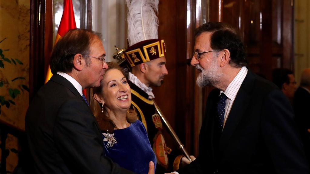 La reforma de la Carta Magna y las elecciones en Cataluña centran la celebración del 39 aniversario de la Constitución