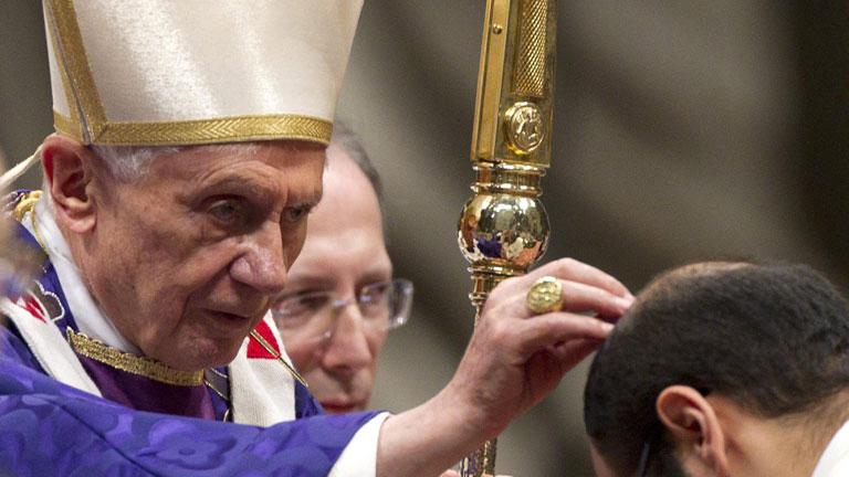 Informe Semanal - La renuncia de Benedicto XVI