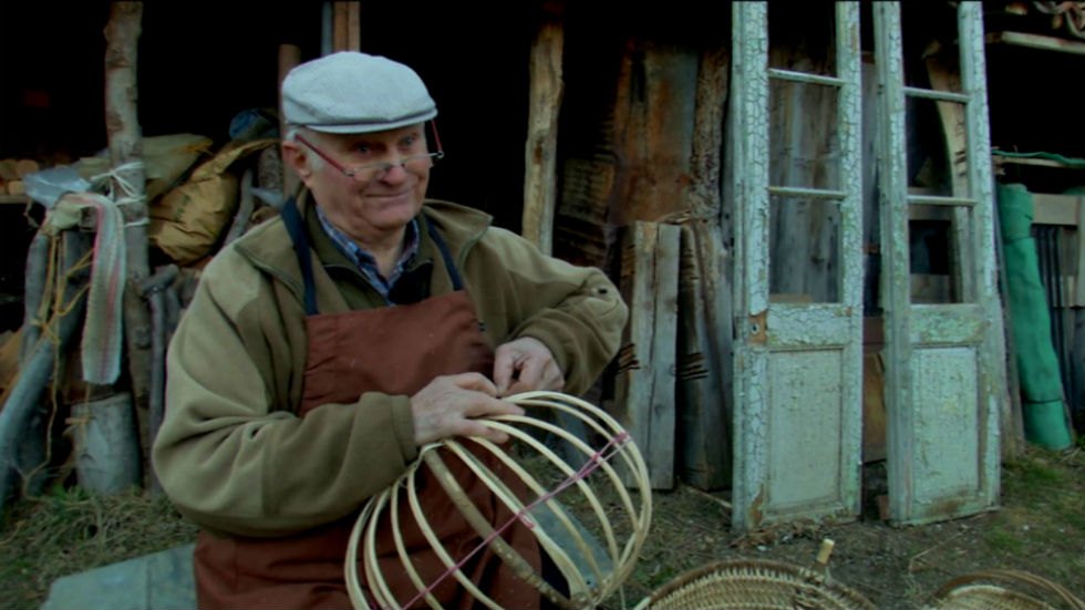 Aquí la tierra - Rescatando las cestas de avellano