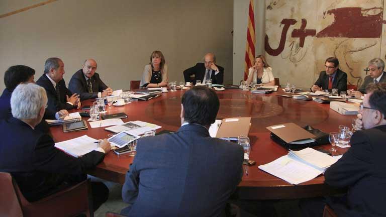 Cataluña sopesa si acudirá al fondo de liquidez aprobado por el Gobierno