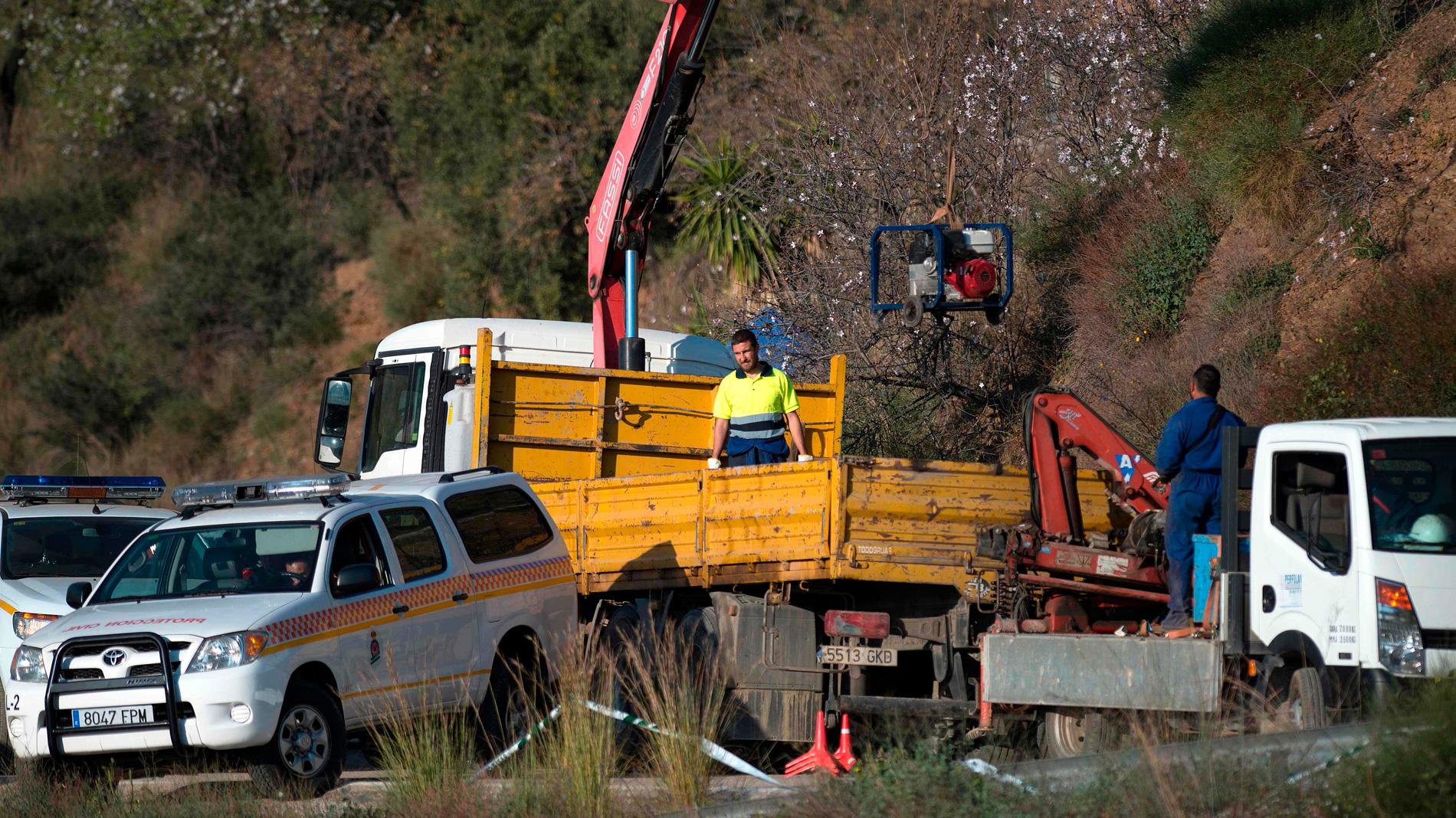 El rescate de Julen avanza con la preparación del terreno antes de excavar los túneles