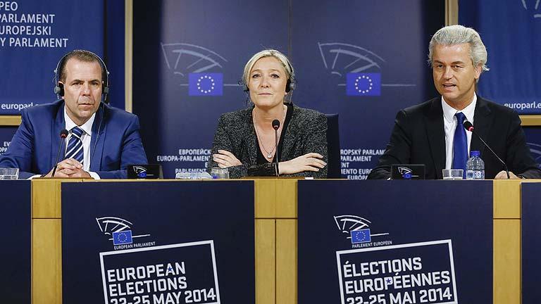 Le Pen sigue buscando socios para formar un grupo de ultraderecha en la Eurocámara
