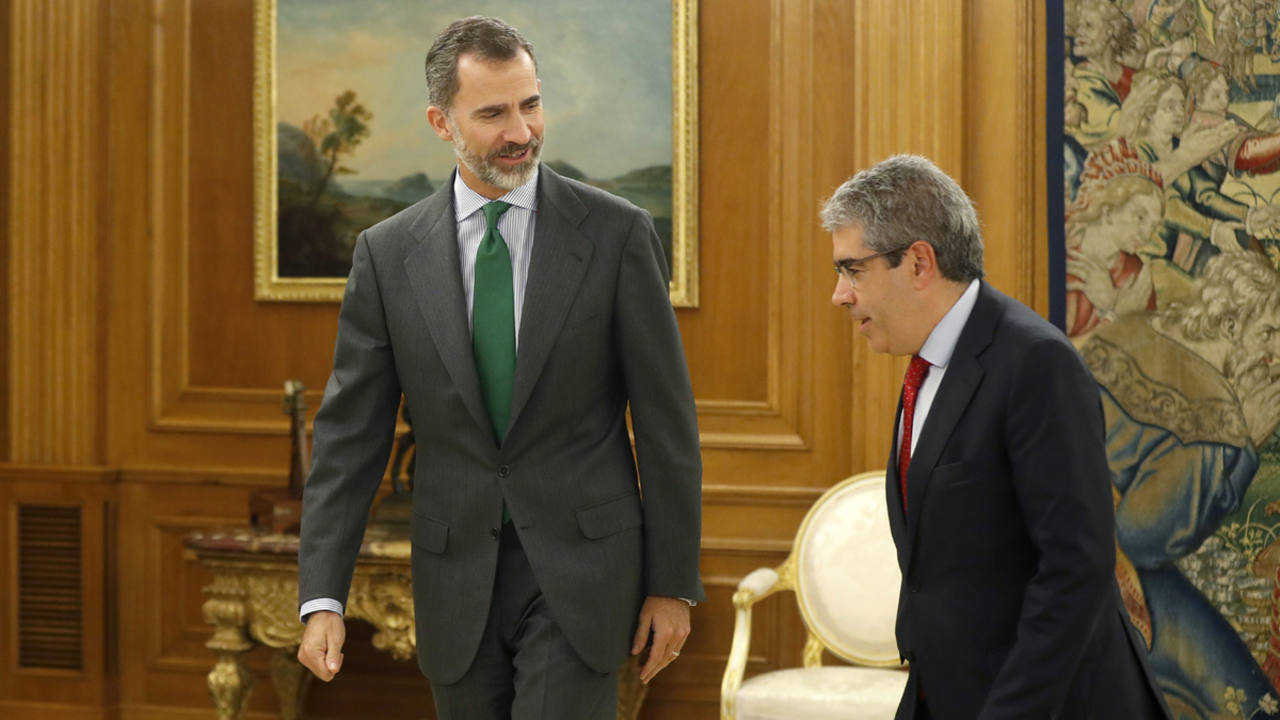 El rey Felipe VI recibe el portavoz del Partit Demócrata Europeu Catalá (PDECat) en el Congreso, Francesc Homs.