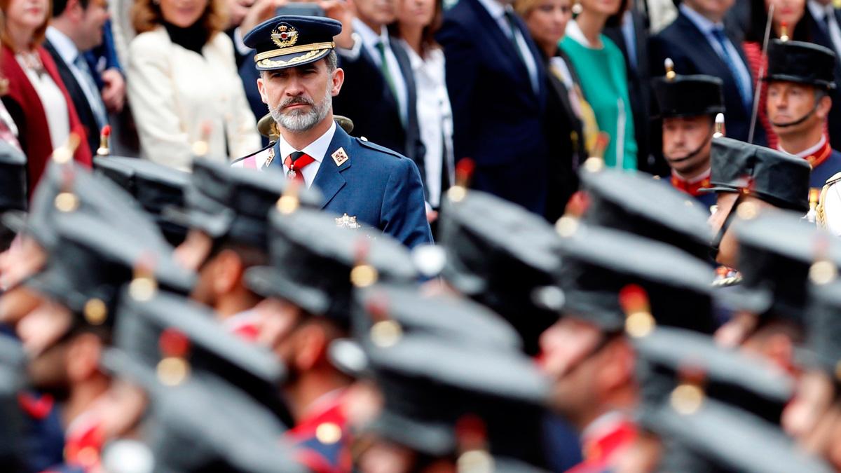 Los reyes presiden el desfile del Día de las Fuerzas Armadas en Logroño, con más de 2.600 efectivos