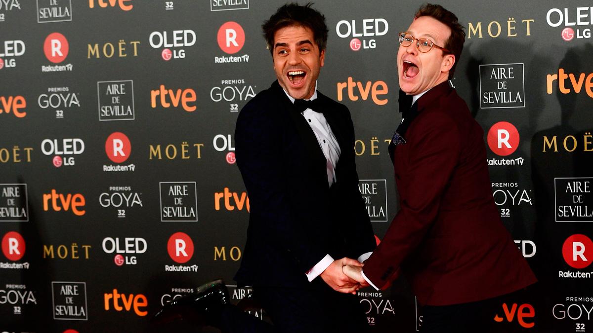 Joaquín Reyes y Ernesto Sevilla 'roban' los teléfonos de los nominados a los Goya 2018