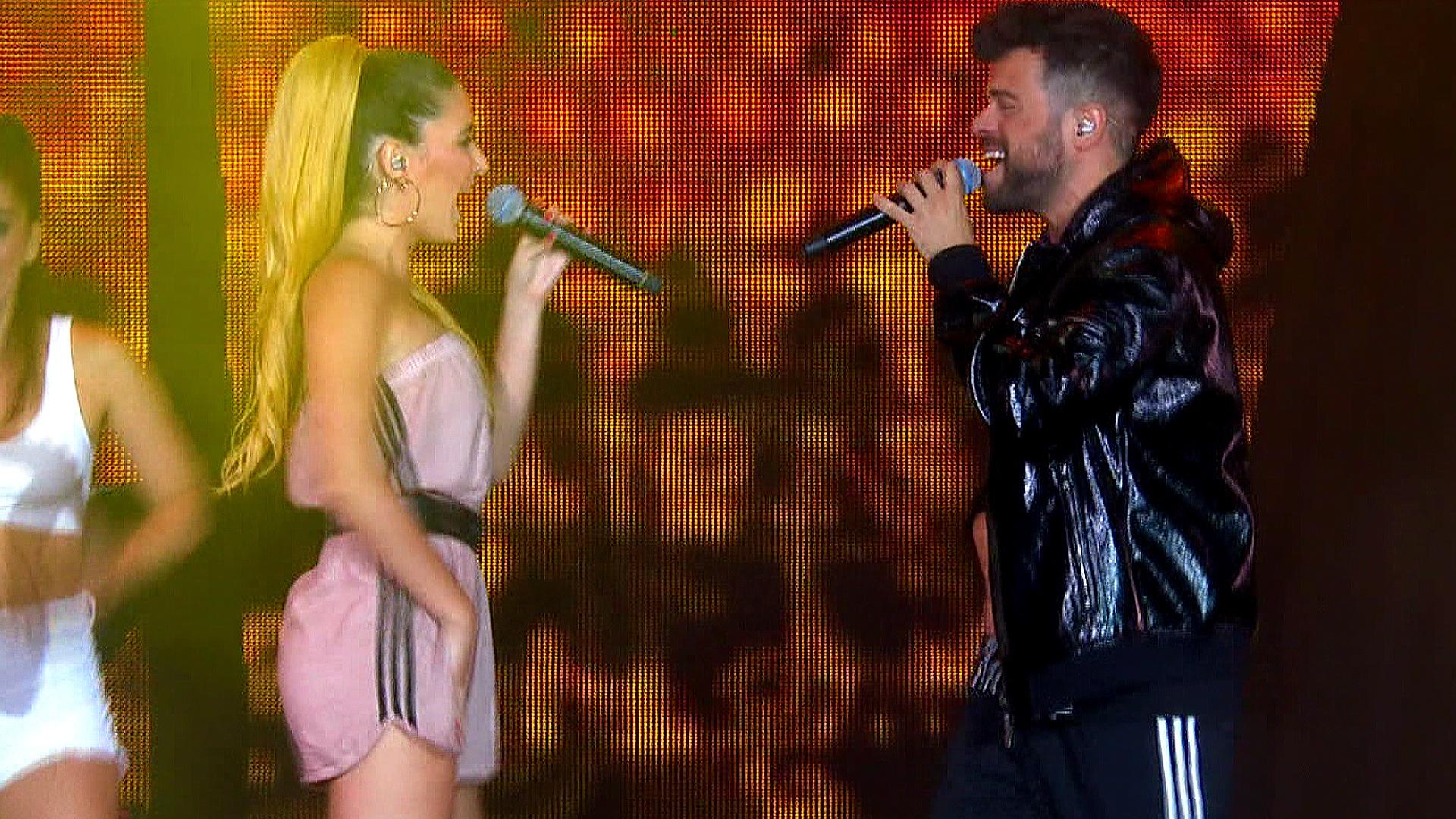 OT Bernabéu - Ricky y Mireya cantan 'Madre tierra'