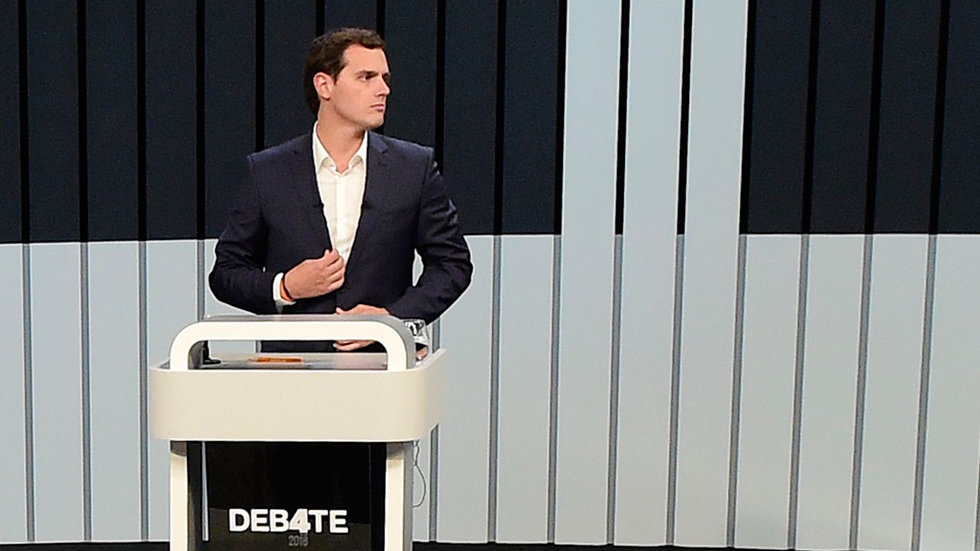 "Rivera acusa al partido de Iglesias, Podemos, de ""financiación inmoral"""