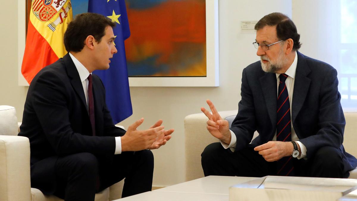 """Rivera pide a Rajoy """"extender"""" el artículo 155 para controlar las finanzas, los medios públicos y los Mossos"""