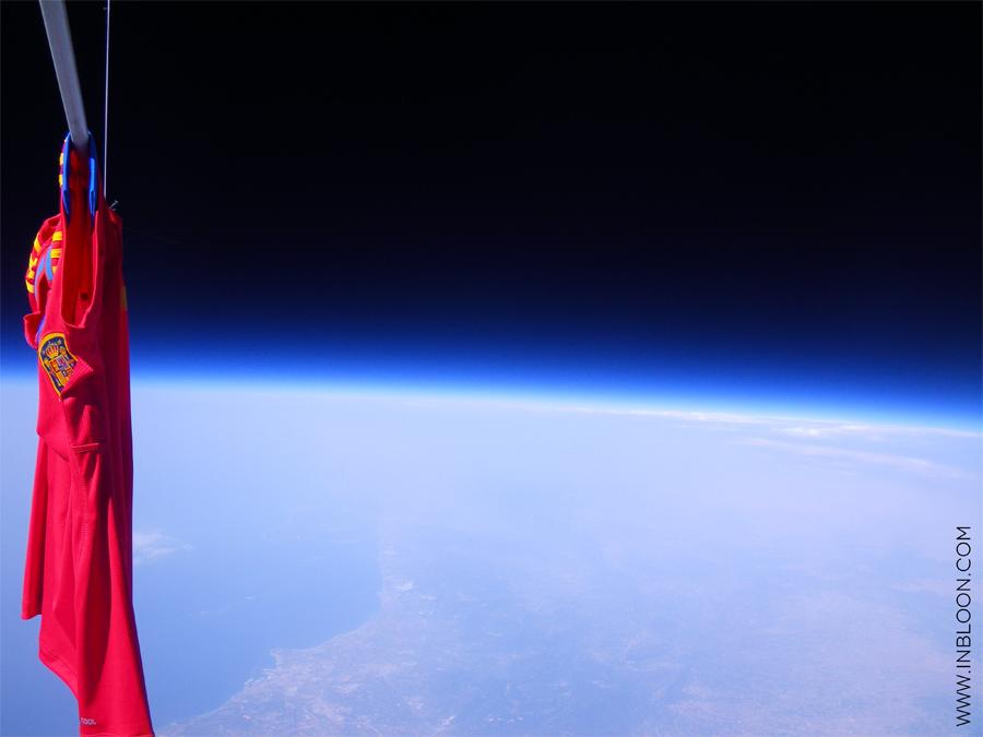La Roja en lo más alto, hasta en la estratosfera