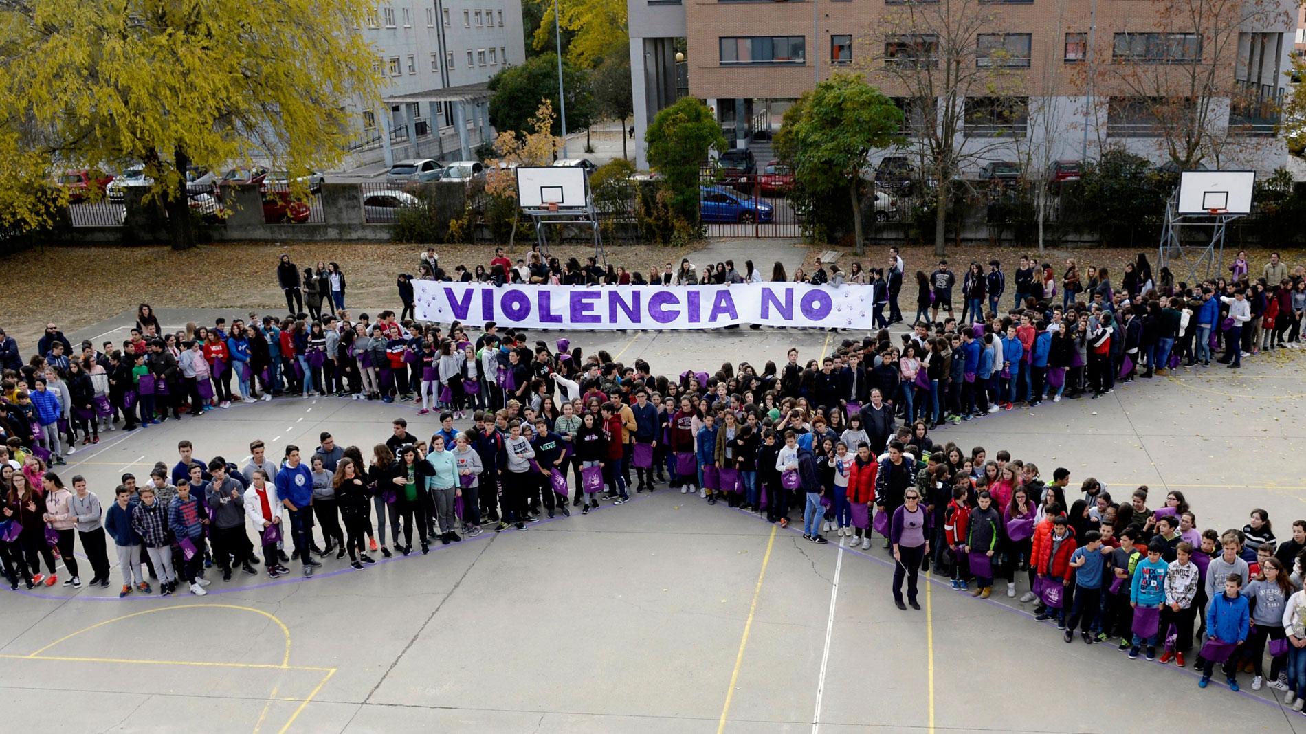 """RTVE concienciados contra la violencia de género con """"Elígete, dale a la vida"""""""
