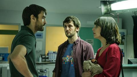 RTVE.es estrena el teaser tráiler de 'El aviso', la nueva película de Daniel Calparsoro con Raúl Arévalo