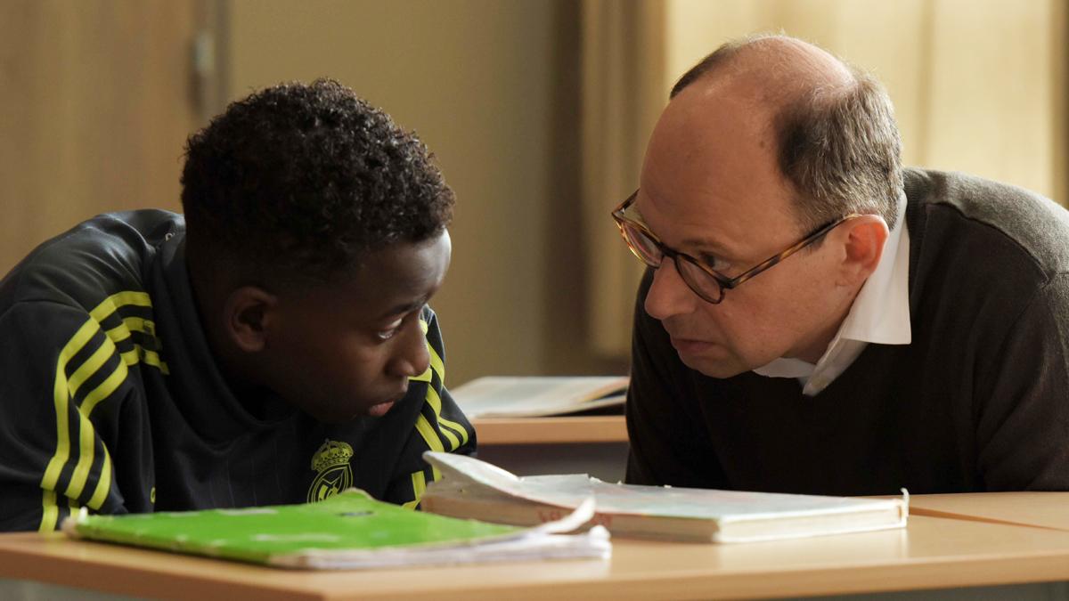 RTVE.es estrena el tráiler de 'El buen maestro': tierna mirada a la educación en el extrarradio de París