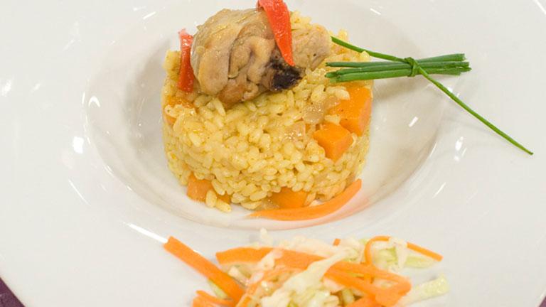 Receta de arroz con pollo y curry for Cocinar 2 tazas de arroz