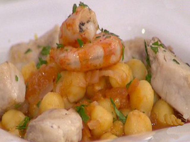 Sofrito de garbanzos en salsa de marisco 03 0311 for Cocinar garbanzos