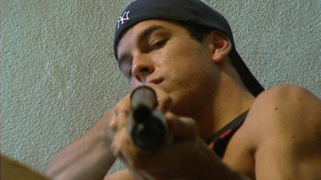 Saltos, persecuciones y tiroteos en la película 'Grupo 7'