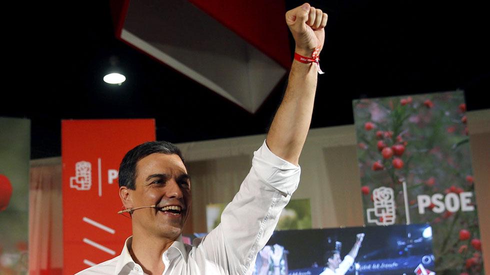 """Sánchez asegura que la amenaza del 'sorpasso' está movilizando al electorado más """"emocional"""" del PSOE"""