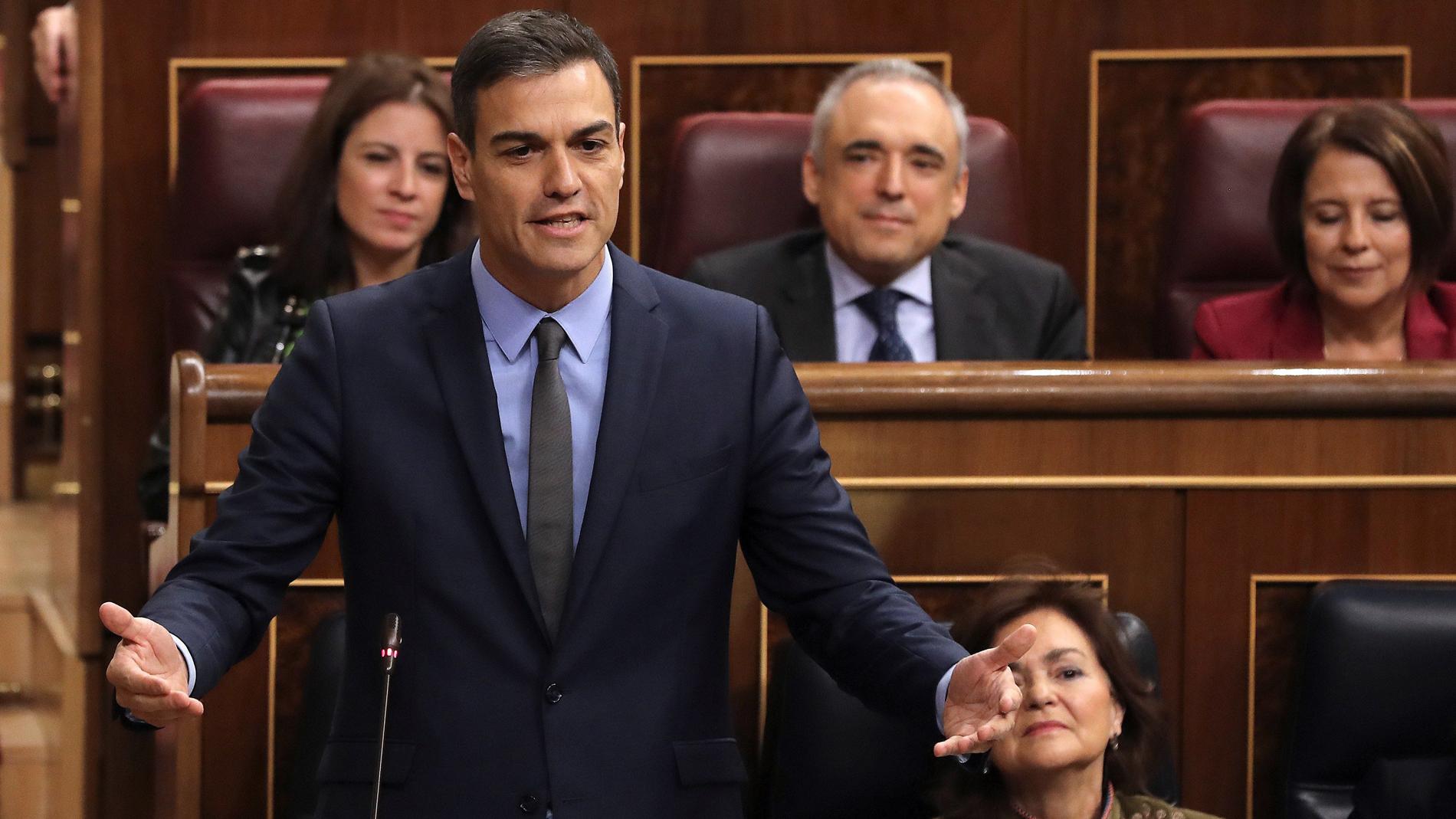 """Sanchez, a Casado: """"No sé qué prisa tiene usted en perder unas elecciones"""""""