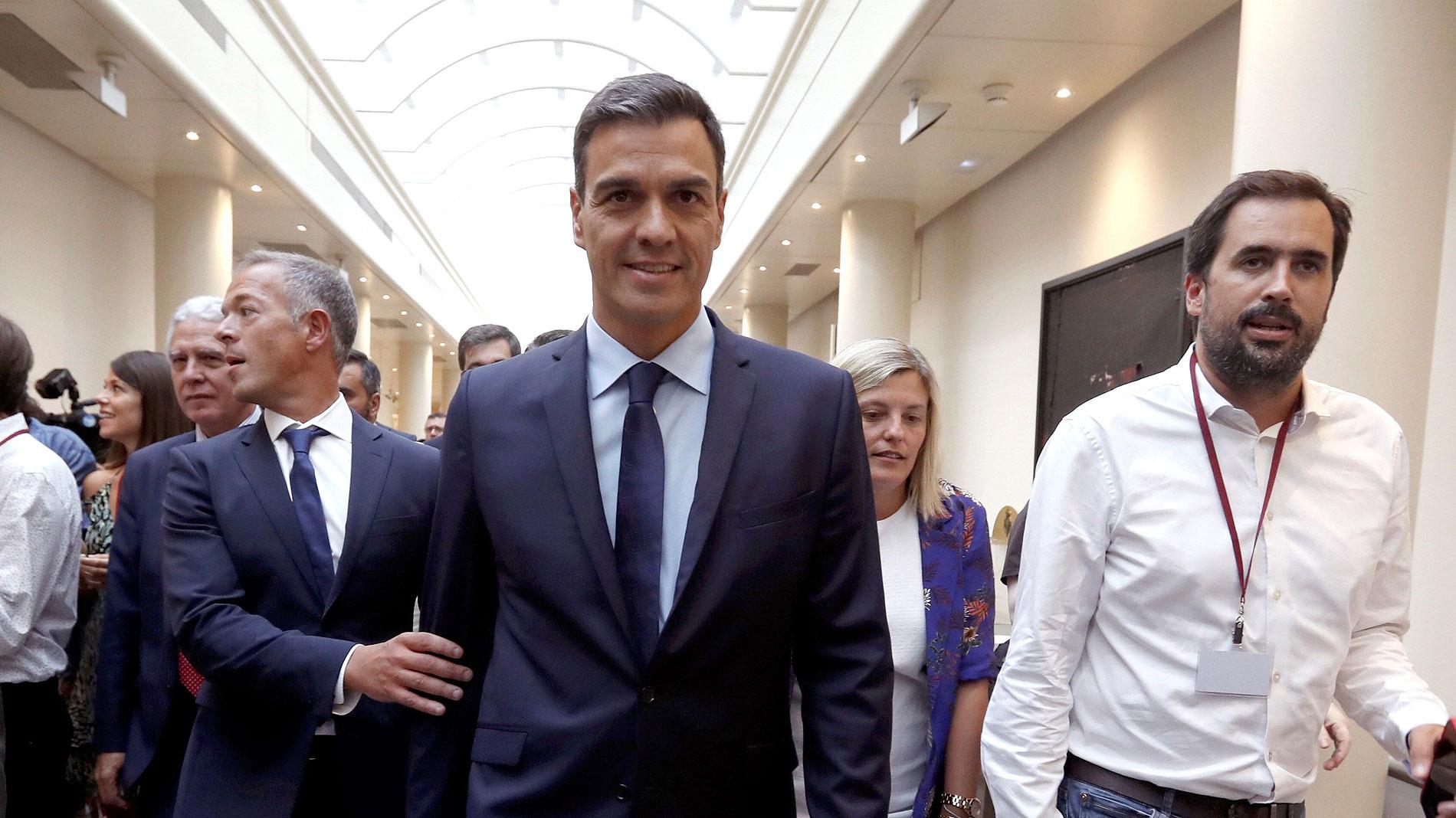 """Sánchez confirma a Montón: """"Va a seguir haciendo un extraordinario trabajo"""""""