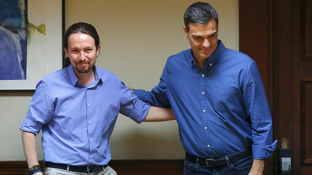 Sánchez e Iglesias acuerdan abrir un espacio de diálogo para Cataluña en el Congreso