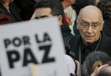 Literature nobel prize laureate Saramago marches during a demonstration through central Madrid