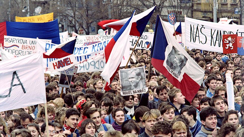 Se cumplen 25 años de la 'revolución de terciopelo'