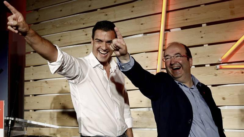 El secretario general del PSOE, Pedro Sánchez, junto al candidato Miquel Iceta.