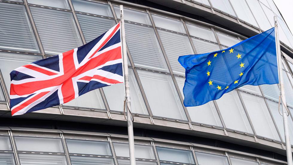 El sector turístico y las empresas instaladas en Reino Unido, entre los más afectadas si hay 'Brexit'