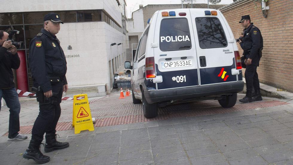 La policía cree que el clan de los Romanones, investigado por presuntos abusos, actuaba como una secta
