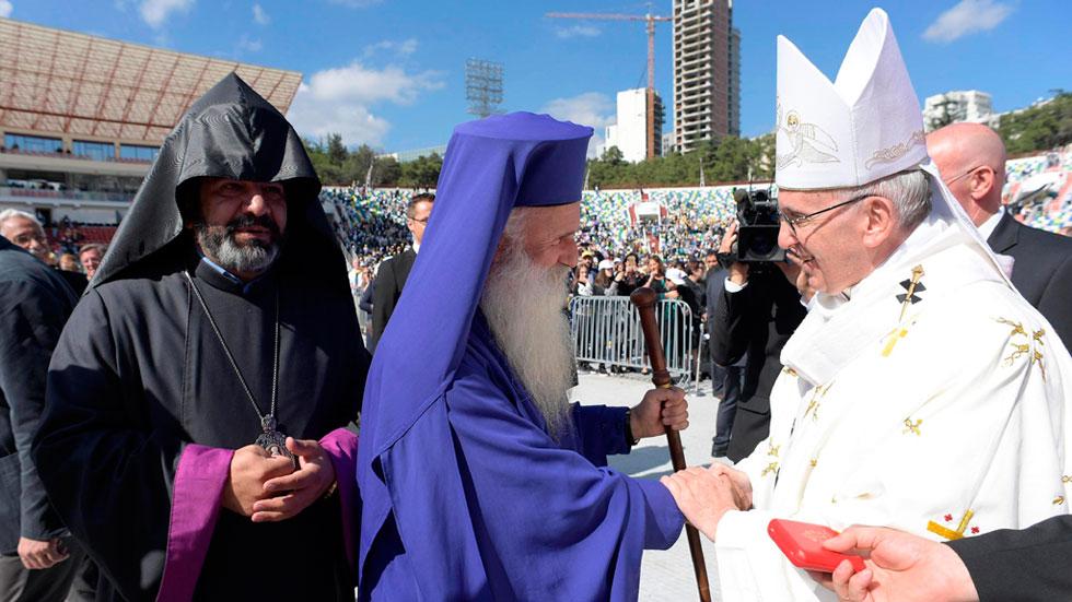 El Papa pide en Georgia una Iglesia humilde en una misa con la ausencia de los ortodoxos georgianos