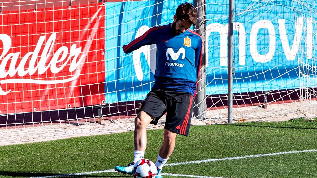 La selección española aterriza en Málaga con Isco a la cabeza