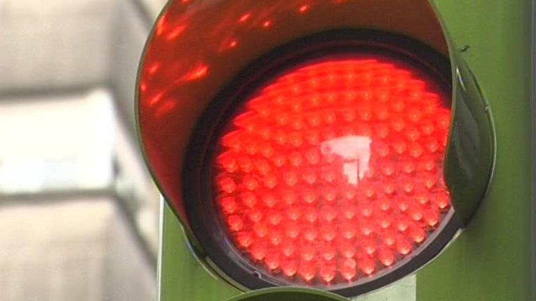En Vigo, los semáforos se pondrán en verde al llegar un autobús