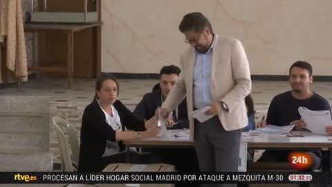 A una semana de las elecciones en Colombia, el candidato opuesto al plan de paz lidera las encuestas