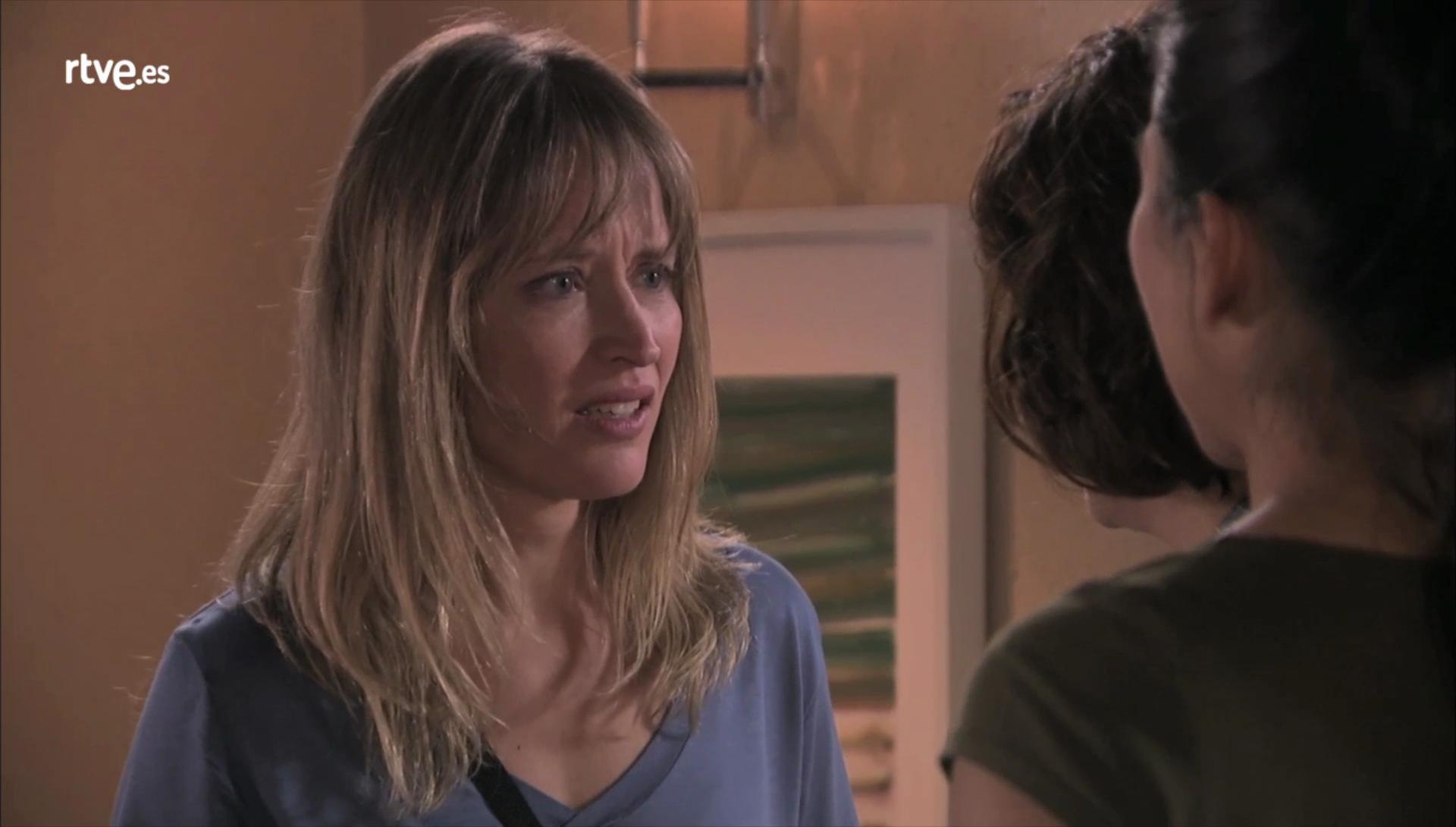 Nora descubre a Teresa y Nacha reconciliándose