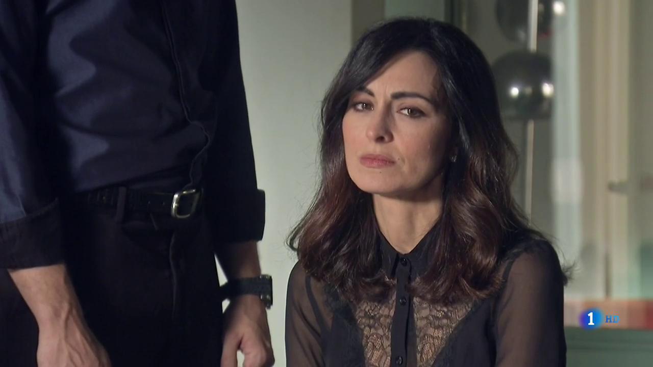 Servir y Proteger - Sofía finge estar afectada por la muerte de Somoza