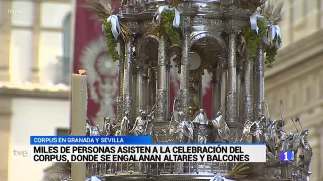 Sevilla y Granada procesionan a la Custodia en el día del Corpus