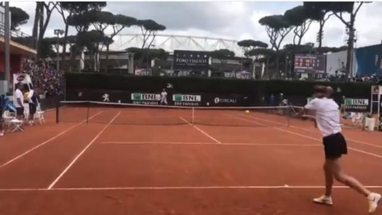 Sharapova entrena en Roma con Nadal