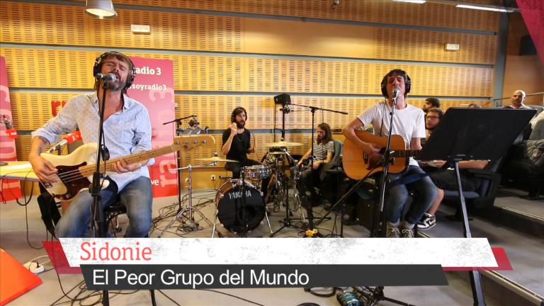 """Sidonie en directo en 180 Grados, """" El peor grupo del mundo"""" - 05/10/16"""