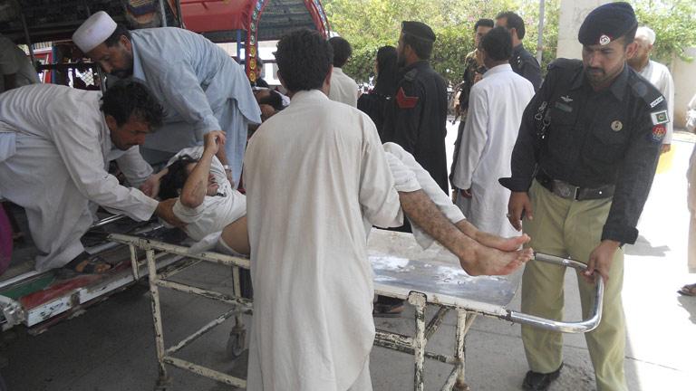 Siete muertos en un atentado con bomba contra un autobús en Pakistán