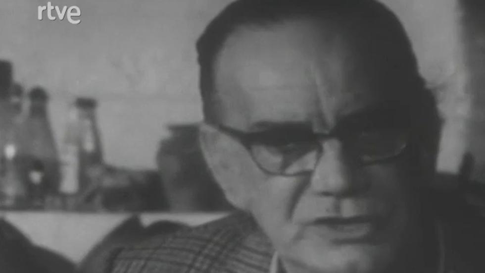 Real Academia - El sillón letra Q - Camilo José Cela