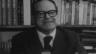 Real Academia - El sillón letra S - Julián Marías