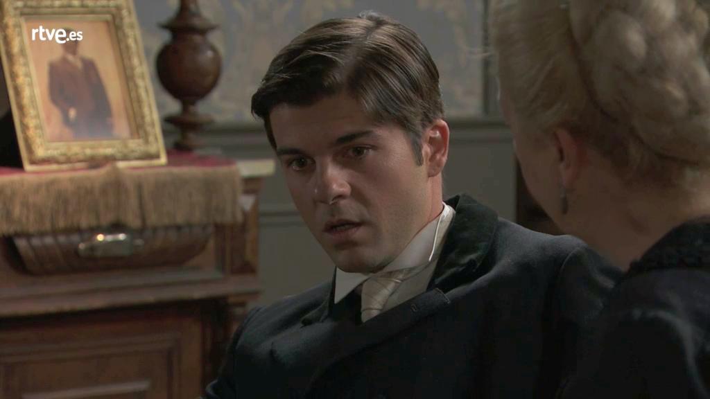 Acacias 38 - Simón no sabe qué hacer tras la aparición de Elvira
