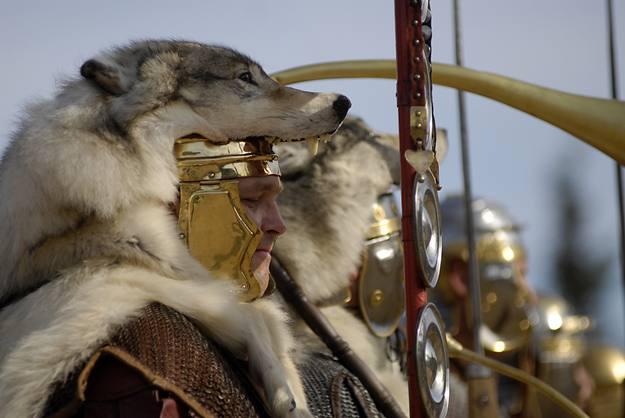 Soldado romano, guardando fidelidad a los relatos históricos y arqueológicos