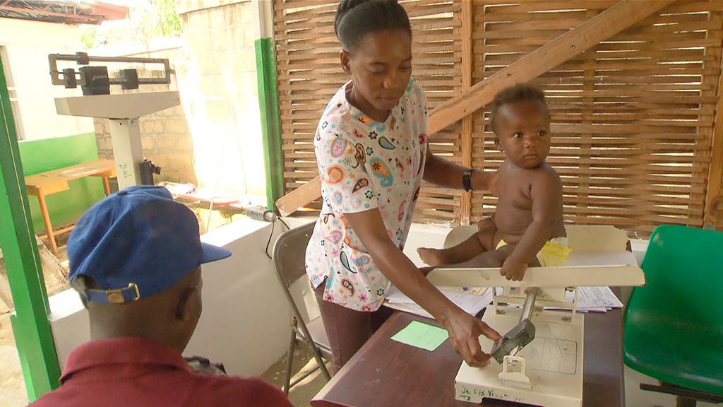 Documentos TV - A la sombra del negocio humanitario