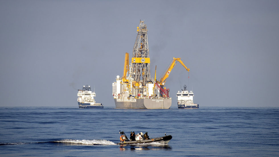 Comienzan las prospecciones de Repsol en busca de petróleo en aguas próximas a Canarias