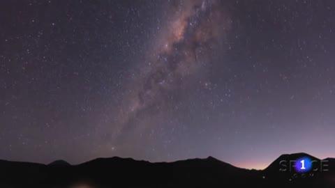 Sonidos que llegan desde un punto muy distante en el universo