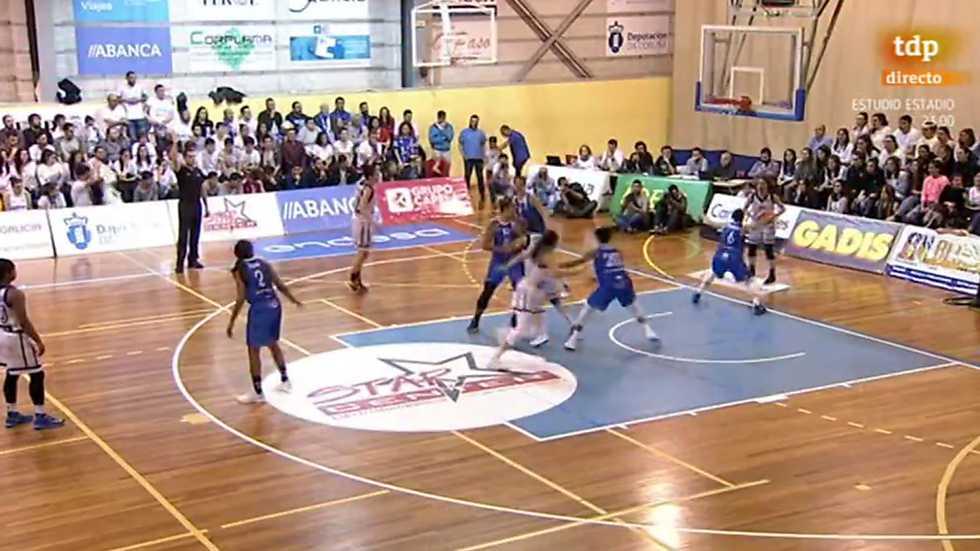 Baloncesto - Liga española femenina, Play off final 2º. Partido grupo A: Spar Center Uni Ferrol - Perfumerías Avenida, desde Ferrol