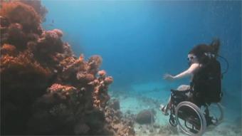 Sue Austin: Buceo en alta mar... en una silla de ruedas