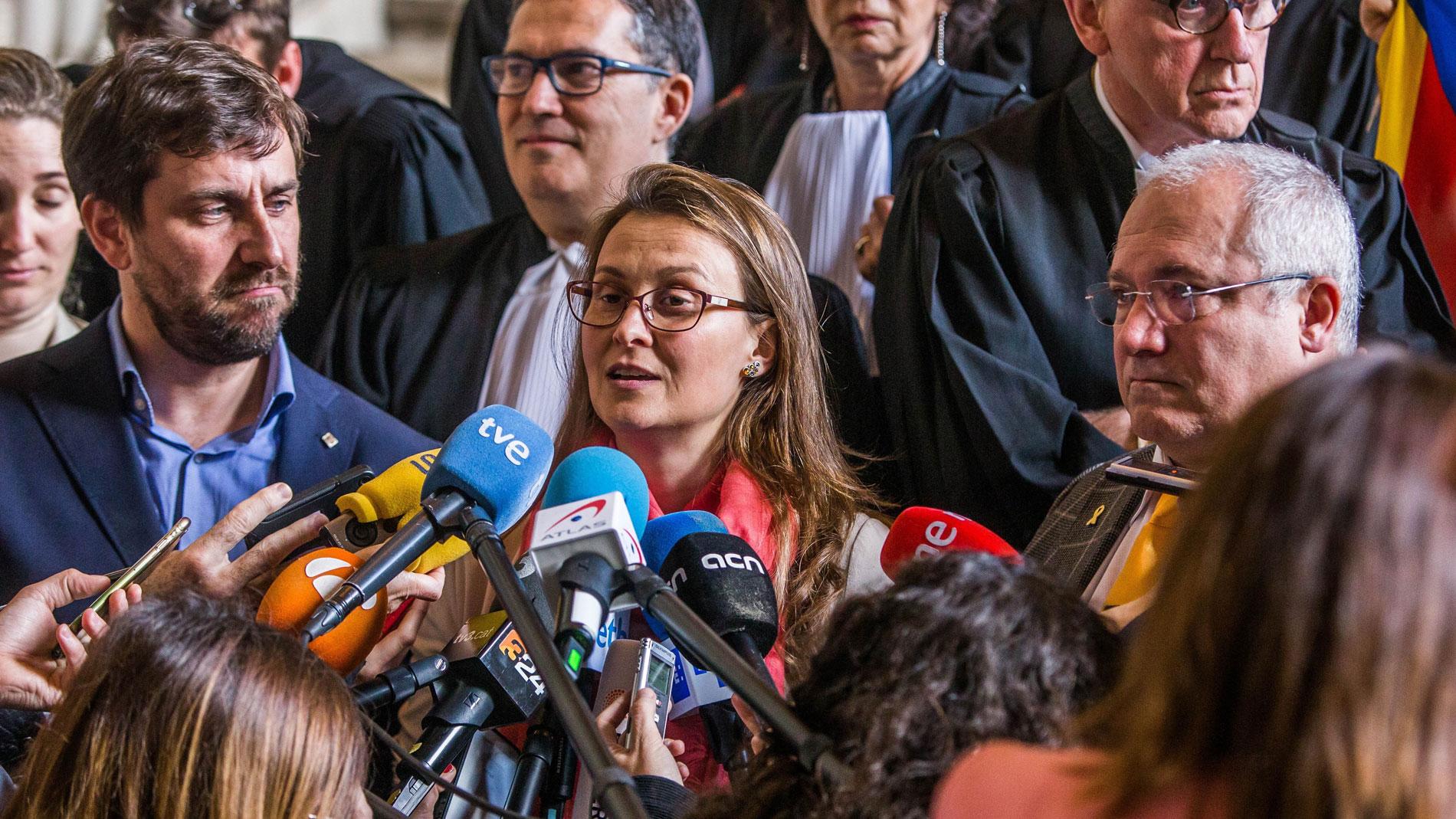 """El Supremo ve """"ausencia de compromiso"""" en la justicia belga por no entregar a los exconsellers"""