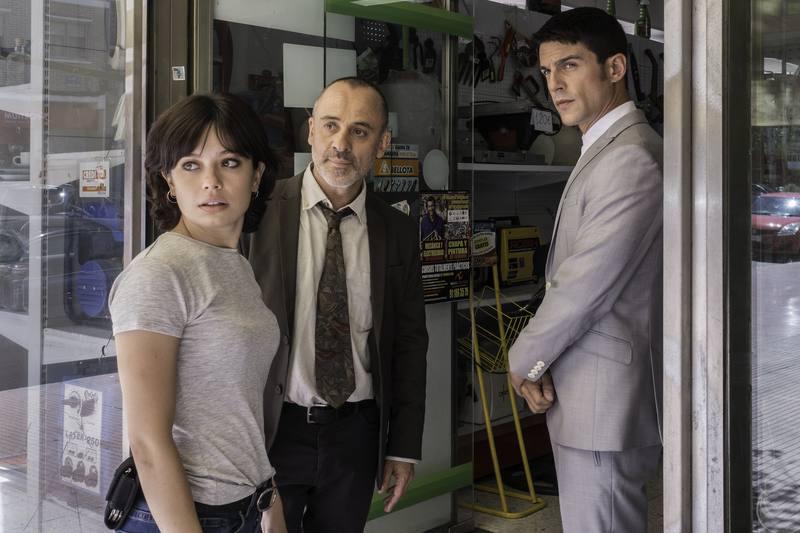 Susana, Márquez y el Enlace miran extrañados
